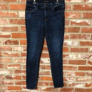 Ann Taylor skinny ankle jeans dark wash (136)